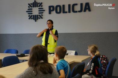 Bezpieczne wakacje z bytomskimi policjantami