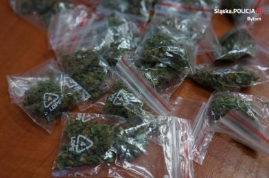 Bytom: 32-letni diler narkotyków zatrzymany. Mężczyźnie grozi do 10 lat więzienia