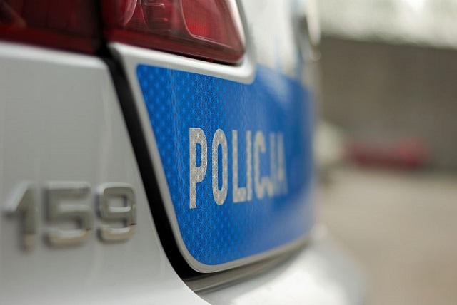 Policja poszukuje sprawców zdarzeń drogowych oraz kradzieży. Byłeś świadkiem?
